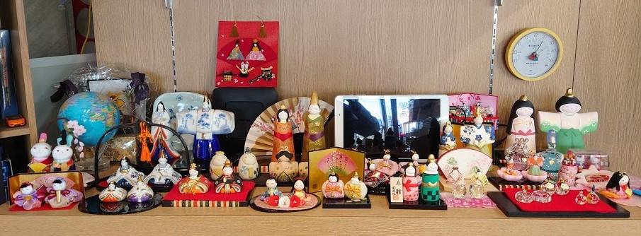 雛人形店頭の2.jpg